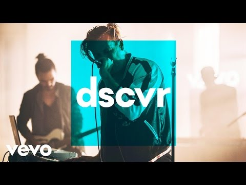 The Wild Wild - When We Were Young - Vevo dscvr (Live)