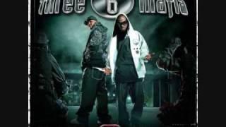 Three 6 Mafia - My Own Way (Remix) (feat. Good Charlotte) - Last 2 Walk