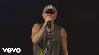 Kenny Chesney - There Goes My Life (Live)