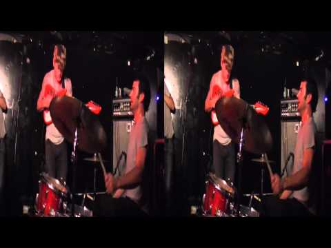 3D Live Music - Thee Oh Sees @ L'Heretic Bordeaux (04/05/2011) Part03
