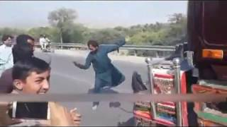 Pathan funny clips |peshawar pathan funny video! HB Official!