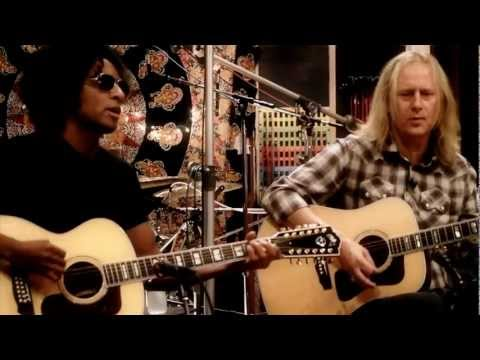 Alice In Chains Perform