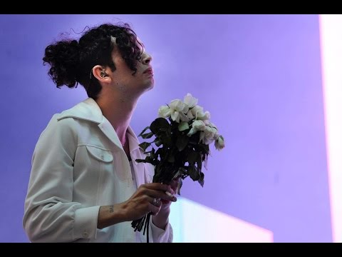 THE 1975- The Sound (Glastonbury 2016)