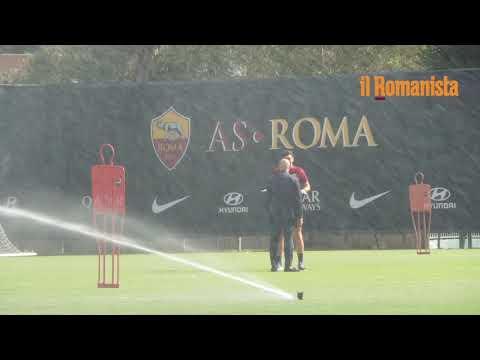 VIDEO - Trigoria, confronto tra Fonseca e Petrachi durante l'allenamento