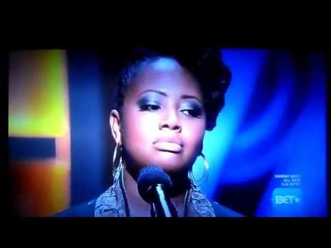 Lalah Hathaway sings