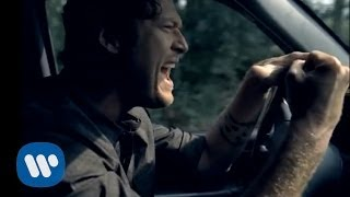 Blake Shelton - She Wouldn't Be Gone (Official Music Video)