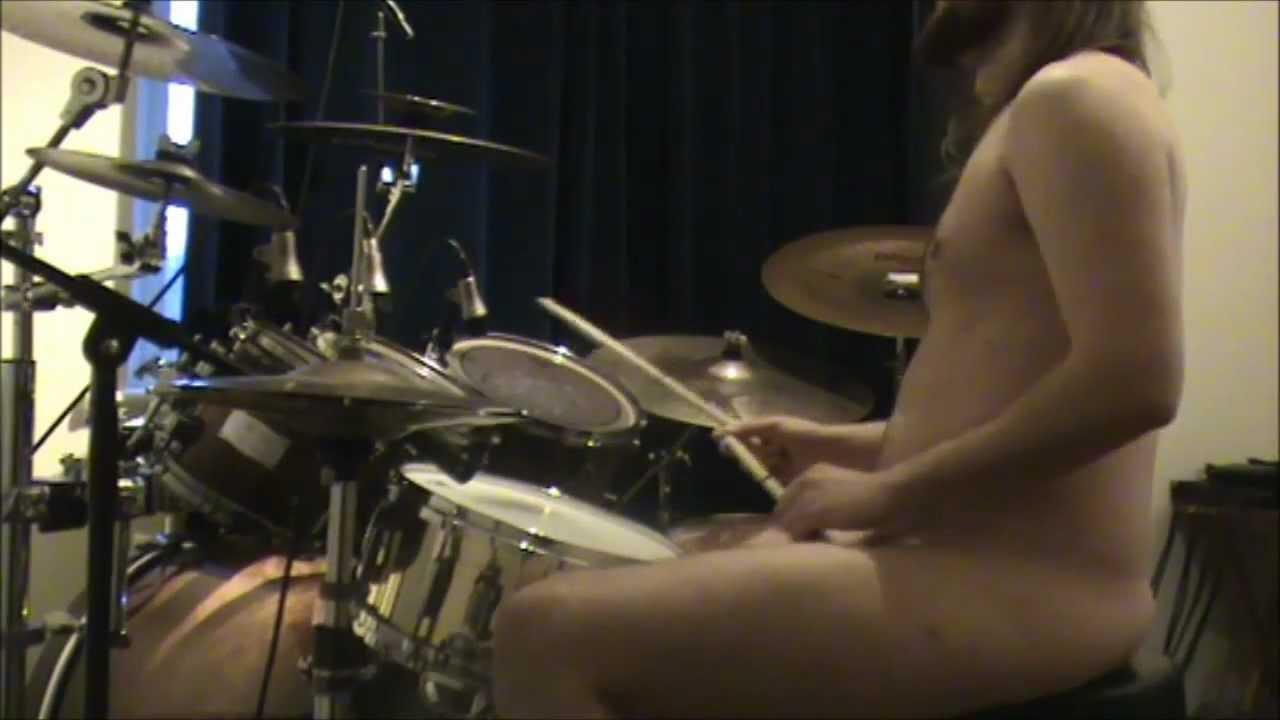 Naked Drum 107