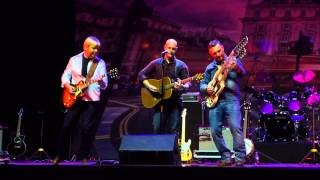 The Illegal Eagles - Hotel California (live in Crocus City Hall / 30.03.2014)