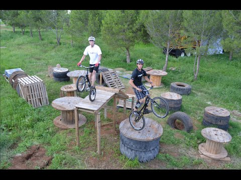 Training At The Yrizar Trial Park | Bernardo Muñoz & Marco Yrizar
