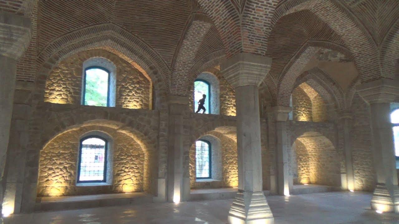 Архитектурные памятники Шуши, спасенные и погибающие