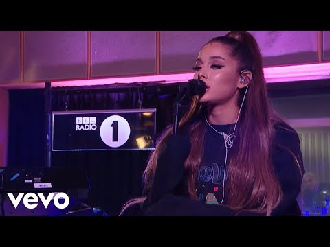 Ariana Grande - R.E.M. in the Live Lounge