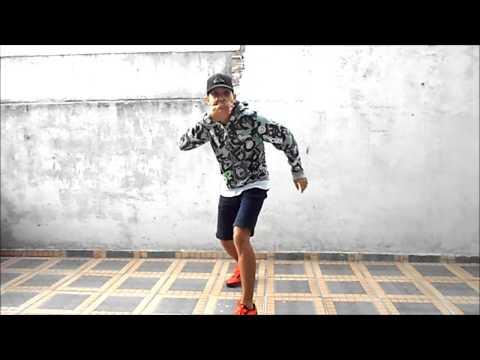 Baixar MC Dadinho - Lança o Passinho do Romano (Fezinho Patatyy) (DJ Dn de Caxias)