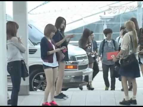 F(X) SNSD - Incheon Airport (for smtown in Jakarta)