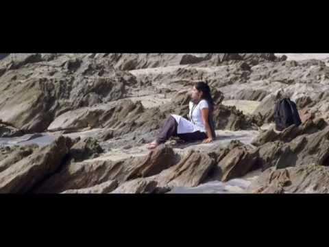 Oka-Criminal-Prema-Katha-Movie-Video-Song---Naa-Hrudayam-Female