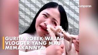 Makan Gurita Hidup-hidup, Vlogger di China Malah Apes