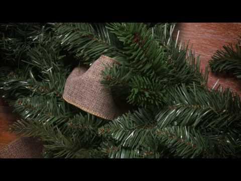Décor DIY! | Build a Holiday Wreath