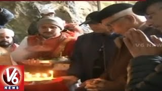 J&K Gov. N.N. Vohra offers prayers at Amarnath temple..