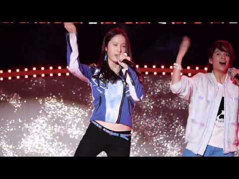 [FANCAM] [Krystal Focus] 121118 Hot Summer - f(x) @ Dungeon & Fighter Festival