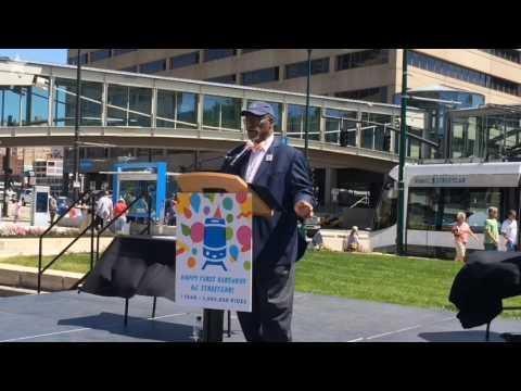 Kansas City throws a streetcar birthday bash