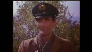Il Postino - The Postman Trailer - Original