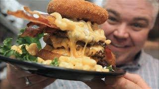 Epic Mac'N'Cheese Burger - Zombie Burger