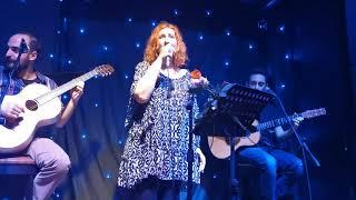 Afentoula Razeli - Μονά ζυγά - Αφεντούλα Ραζέλη & Τρίο Κατάρα live 2020 (Το μπαράκι της Διδότου)