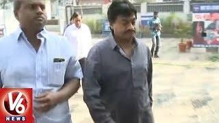Ghazal Srinivas Appears before Panjagutta Police..