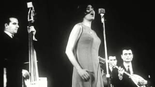Theodorakis-Farantouri 2 songs from Mauthausen live in Pireaus Greece 1966