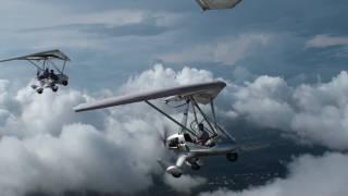 Vol en ulm dans les nuages