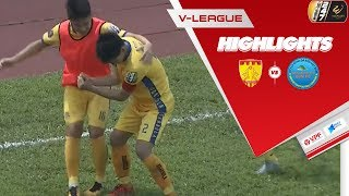 Hàng thủ mất tập trung, chủ nhà Thanh Hóa mất 3 điểm đáng tiếc trước S.Khánh Hòa
