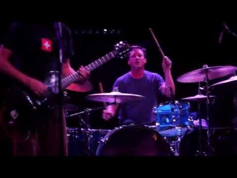 09. Hum - Stars - live in Charlotte 2015-08-09