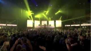 Calvin Harris - Feel So Close (Live at iTunes Festival 2012)