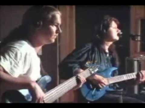 Stratovarius - Against The Wind (HQ Sound)