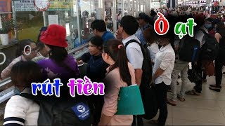 Hàng chục ngàn người lại ồ ạt rút tiền khỏi ngân hàng sau khi xuất hiện lời cảnh báo
