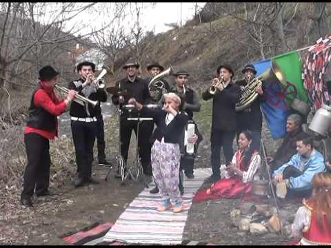 Erhan Veliov & Roma Brass Band - Erhan Veliov - ROMA BRASS BAND - Gipsy Oriental
