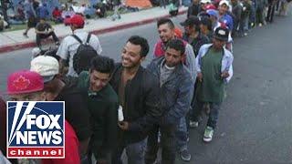 Report: Caravan migrants plan 'human stampede'