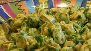 Pesto Tortellini Pasta Salad : Pasta Recipes