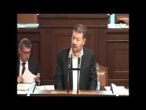 Tomio Okamura: Vláda se vysmívá mojí kritice šílené proimigrační politiky EU a pokrytectví Sobotky