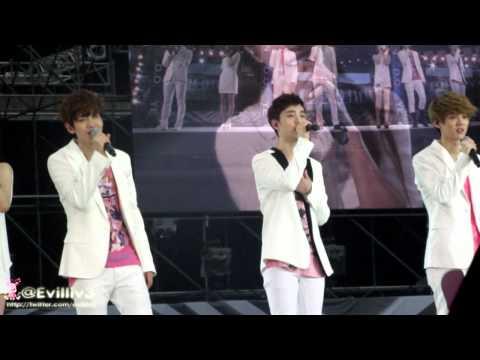 [Fancam] 120818 Luhan Baekhyun D.O. - Dear my Family @ SMT in Seoul