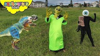 Mimi The Trex defeats Aliens! Skyheart Astronaut invasion dinosaurs for kids
