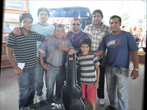 Los Criollos de Tres Lagunas en Vivo