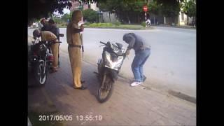 CSGT Hà Nam tuýt còi đồng bọn may có Cam hành trình và cái kết đắng