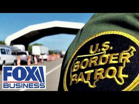 Polls say Biden mishandling the border crisis, White House blames Trump