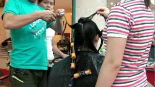 Tuan Duong Hair Salon --- girl xinh uo^'n toc'