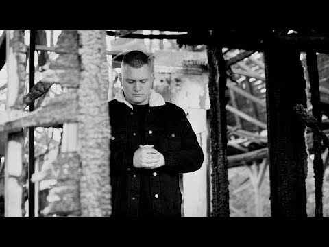 Essemm – RÉGÓTA (Official Music Video)