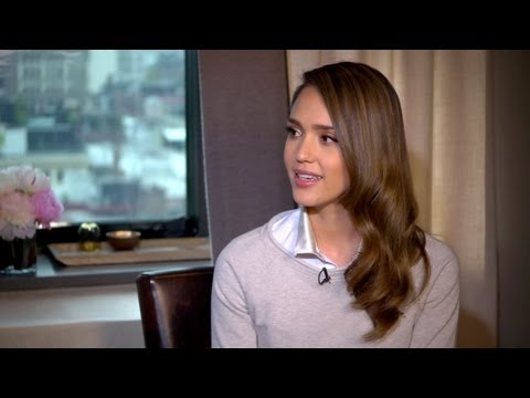Jessica Alba Talks Motherhood and Her Organic Business - Off Duty ...