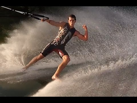 Фристајл скијање на вода со боси стапала