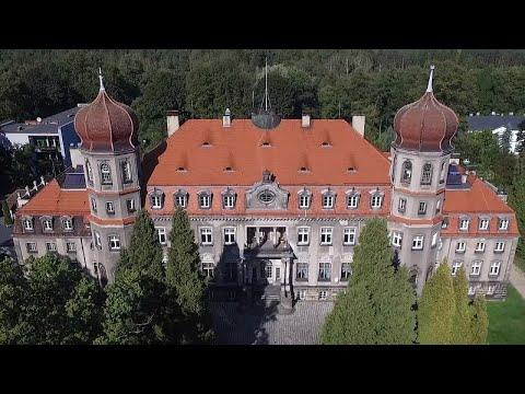 Z drOna - Brynek: pałac Donnersmarcków