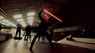 Star Wars: The Last Jedi - Epic Lightsaber Duel in London