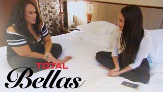 Will Nikki Bella Tell Nia Jax Who's Sliding Into Her DMs?   Total Bellas   E!
